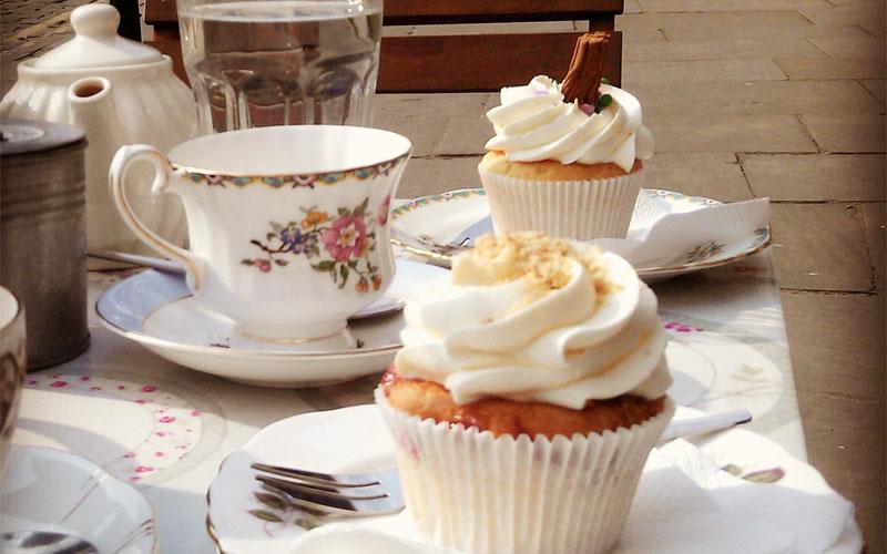 Crumbs Cupcakery