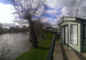 Waterfront location at Weir Holiday Park